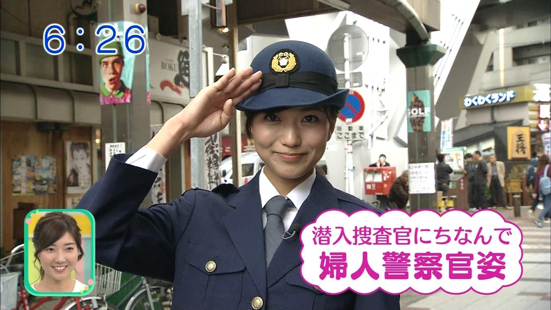 斎藤真美アナの婦人警官コスプレ!