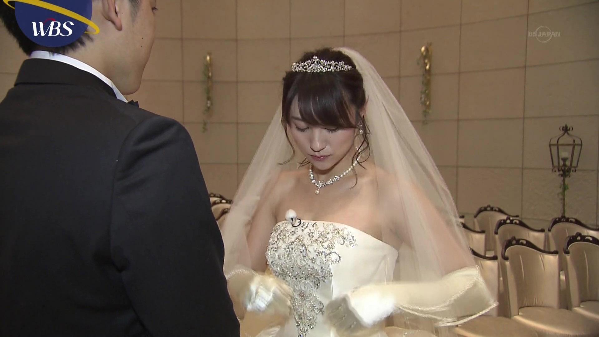 北村まあさアナ ウエディングドレスの谷間と脇!!