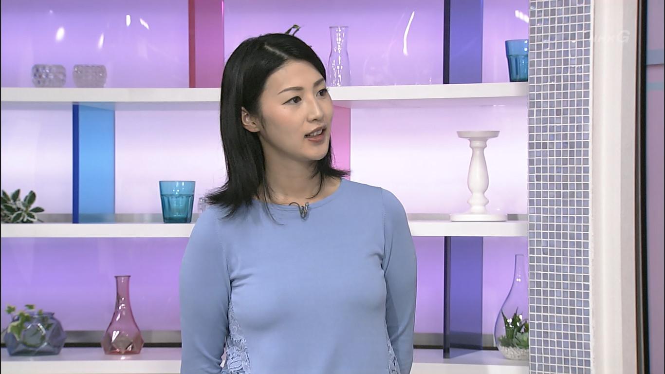 森花子アナ おっぱい強調衣装!